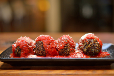 DELICIOUS QUINOA MEATBALLS. MIKE YAMIN