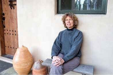 ANN MALLORY AT HER STUDIO; BLEACHER+EVERARD